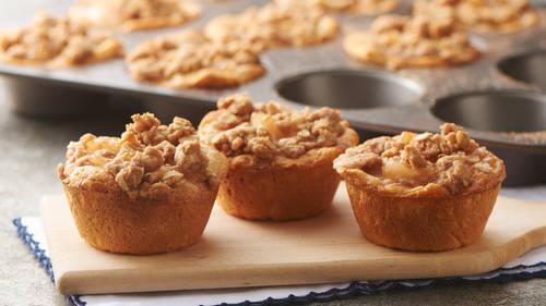 Apple Crisp Biscuit Cups Recipe Pillsbury Com