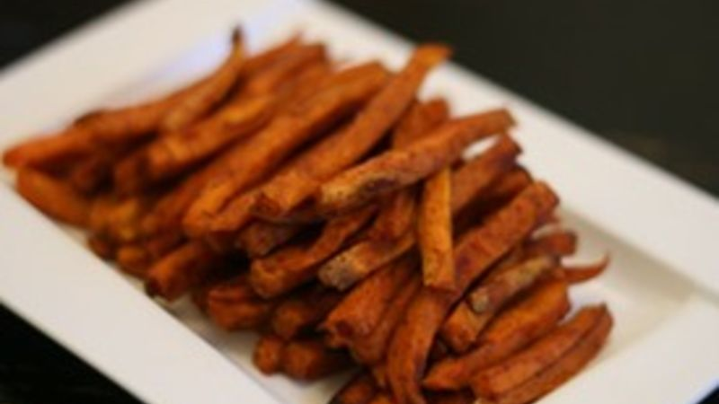 Chipotle Cinnamon Sweet Potato Fries