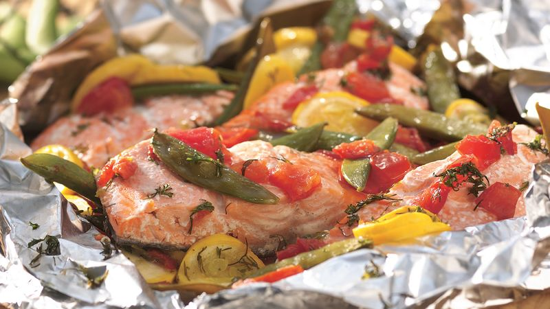 Grilled Dilled Salmon and Vegetable Packet