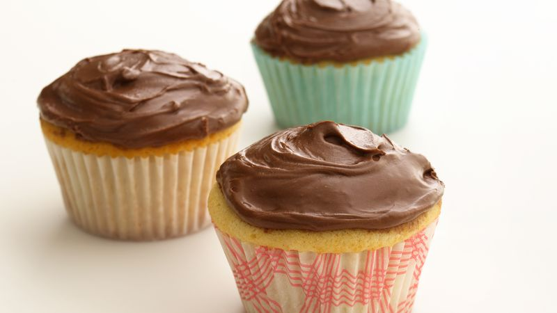 Skinny Chocolate Frosted Cupcakes Recipe - BettyCrocker.com