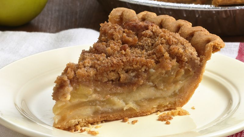 Slow Cooker Apple Pie Coffee Cake