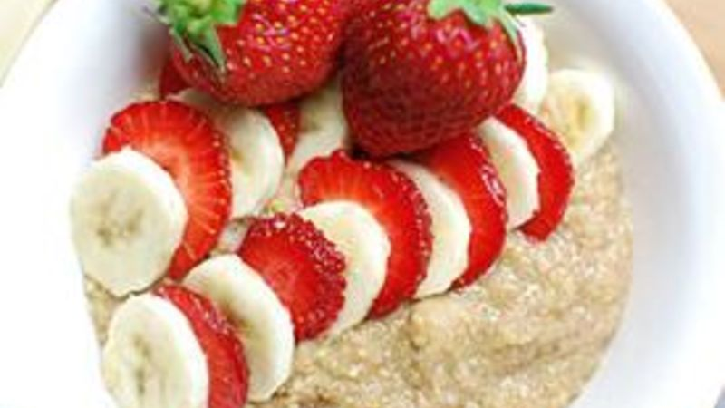 Strawberry-Banana Breakfast Quinoa