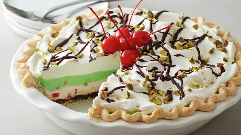 Black-Bottom Spumoni Layer Pie