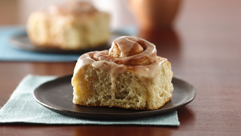 Glazed Cinnamon Rolls Recipe Bettycrocker Com