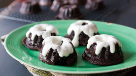 Chocolate-Stout Mini Bundt Cakes