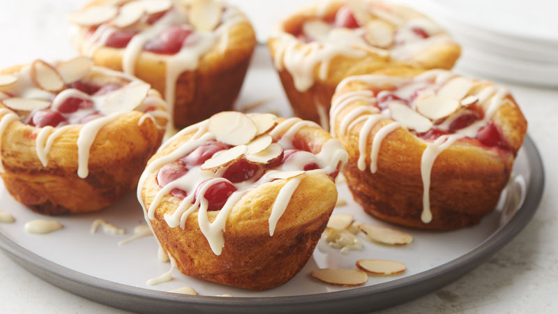 3-Ingredient Cherry-Almond Pie Cups