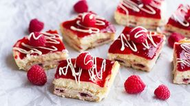 Raspberry Cheesecake Toaster Strudel Bars