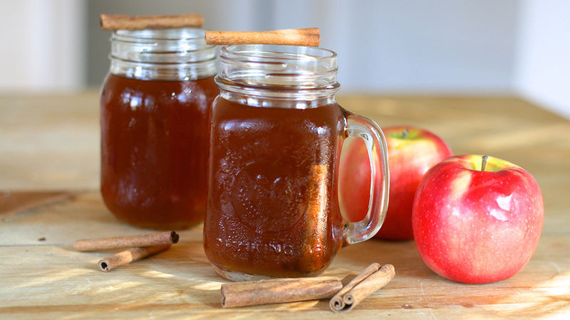 How to Make Apple Pie Moonshine