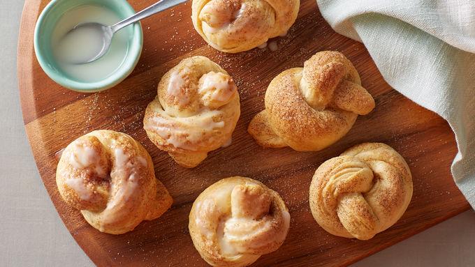Cinnamon Sugar Glazed Biscuit Knots