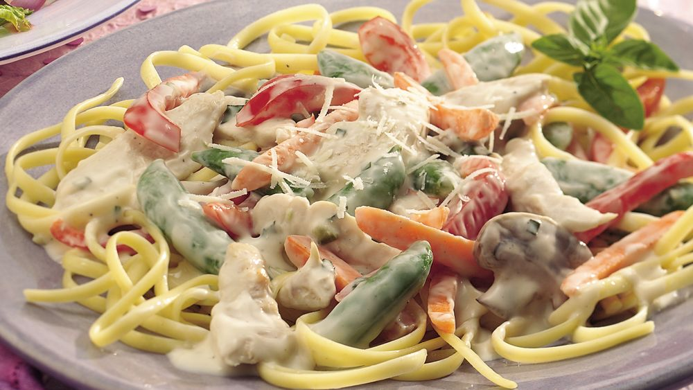 Linguine with Creamy Chicken Primavera