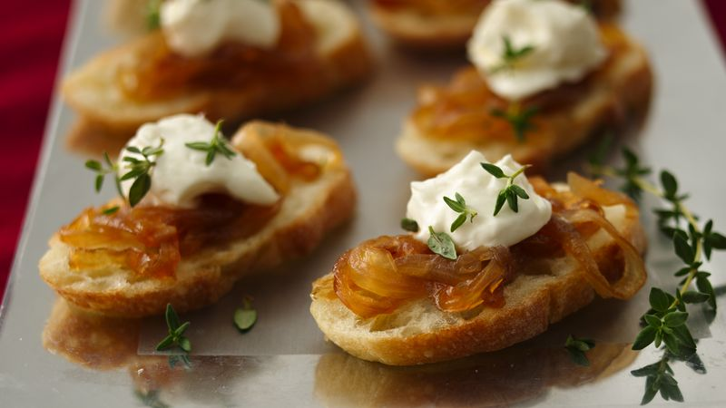 Crostini with Caramelized Onion Jam Recipe - Pillsbury.com