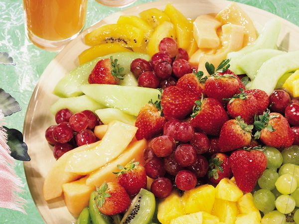 Fresh Fruit Platter with Lemon-Mint Glaze