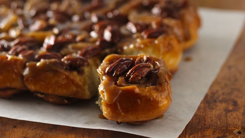 Caramel-Pecan Sticky Rolls Recipe - BettyCrocker.com