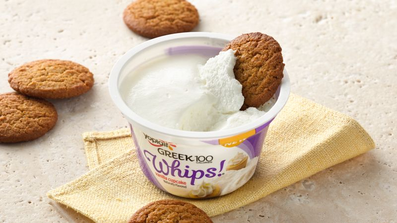 Vanilla Cupcake Whips! with Gingersnap Dippers