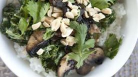 Spicy Peanut Kale Bowl