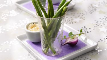 Roasted Green Beans with Roasted Garlic Aioli