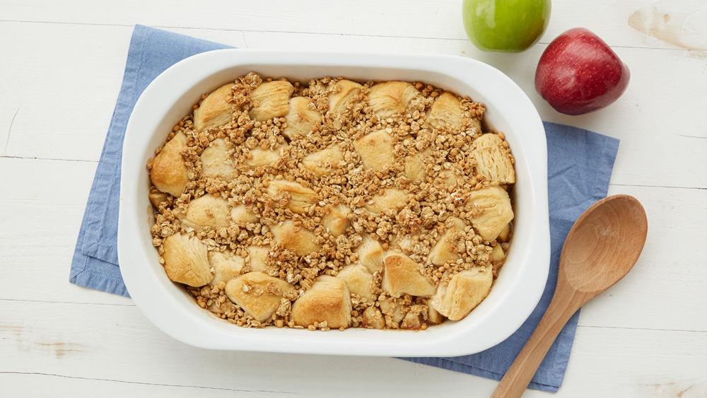 Caramel Apple Crunch Breakfast Bake