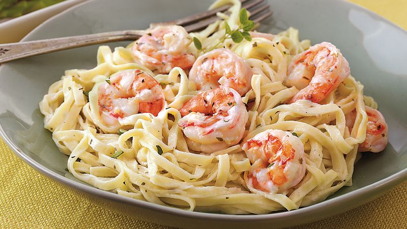 Creamy garlic shrimp and pasta recipe bettycrocker creamy garlic shrimp and pasta forumfinder