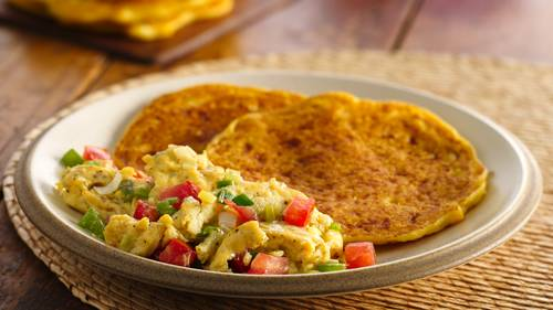 Arepas with Perico Style Eggs_image