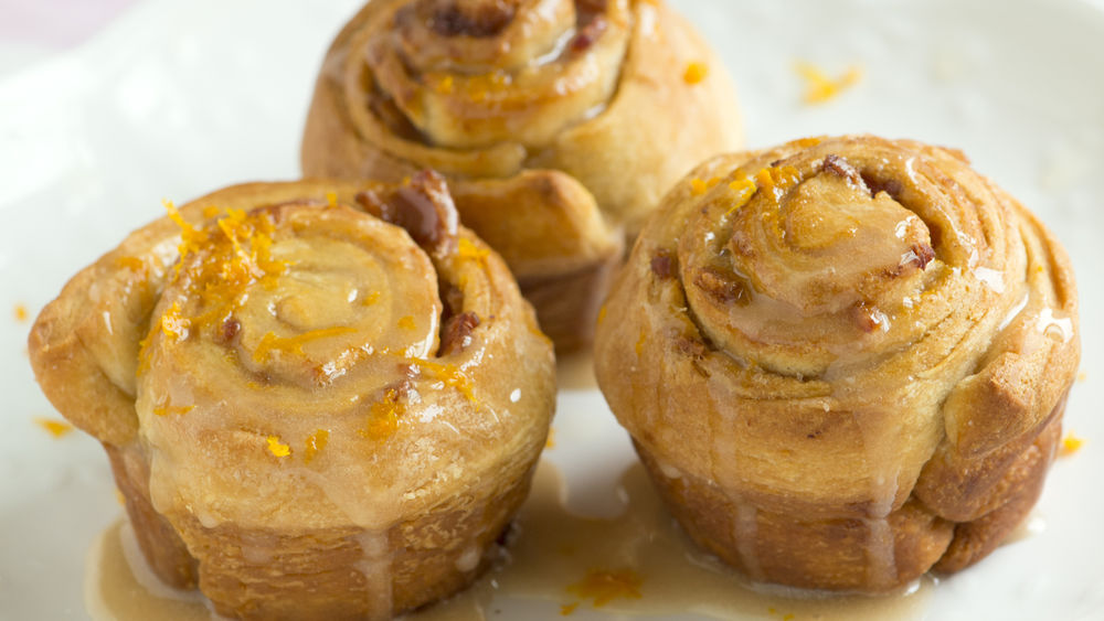 Maple-Bacon Cinnamon Rolls