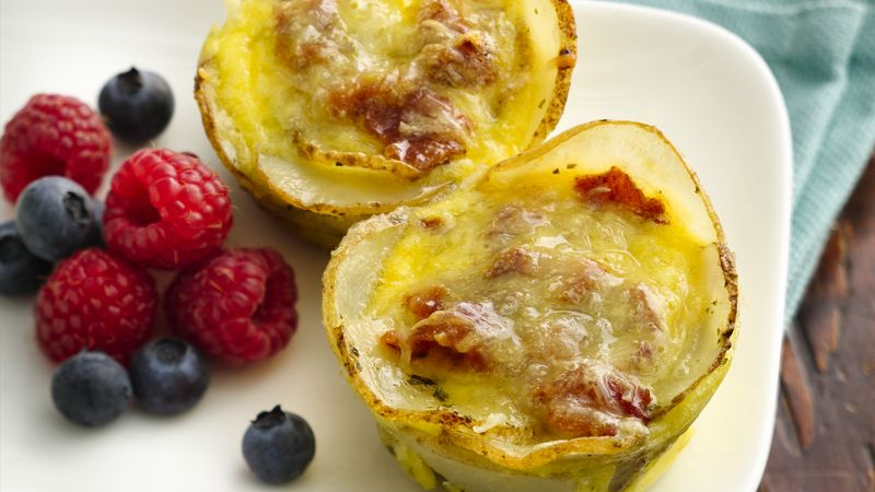 Mini Breakfast Quiches with Potato Crust