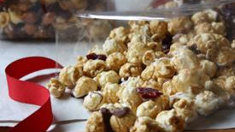 Cranberry Caramel Corn Snack Mix