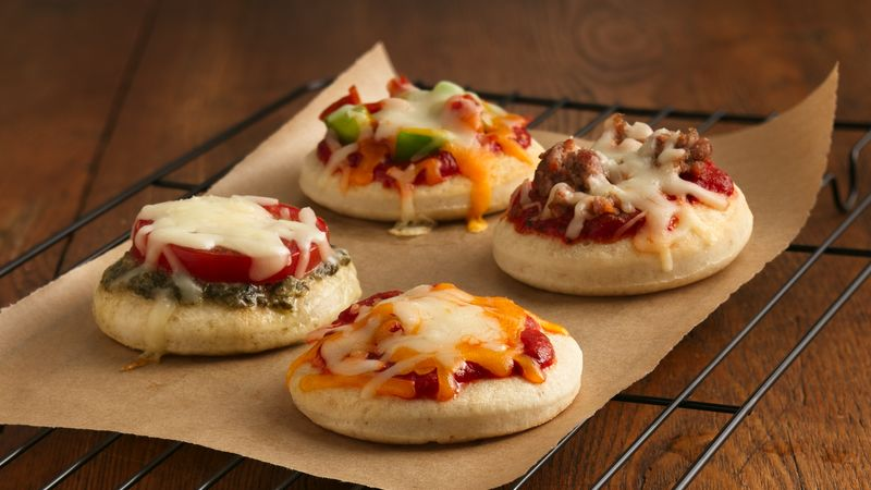 Mini Pizzas Recipe - Pillsbury.com