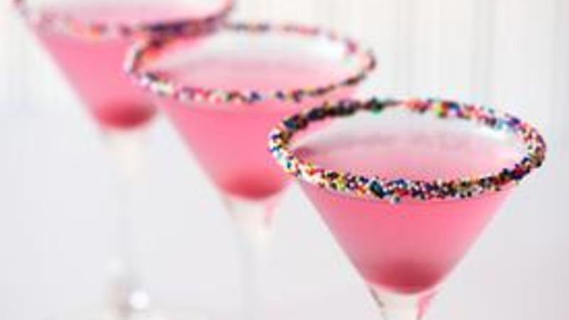 Marshmallow Cake-tini Cocktail