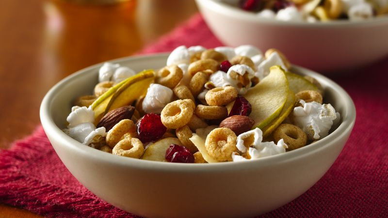 Cinnamon Burst Cheerios® Snack Mix