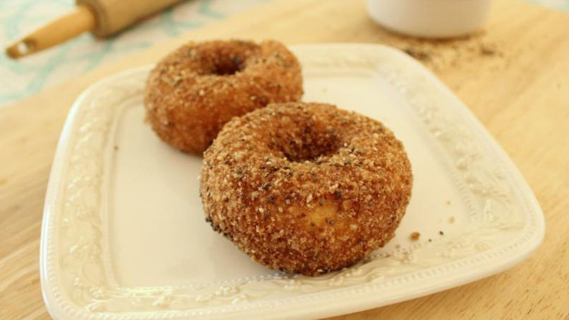 Cinnamon-Chia Power Donuts