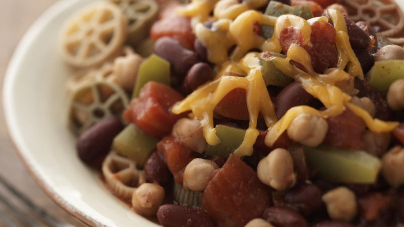 Slow Cooked Chili with Pasta