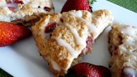 Strawberry Mascarpone Scones