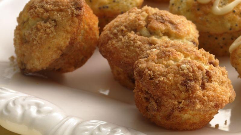 Cinnamon Streusel Mini-Muffins