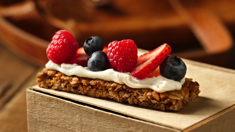 Berries and Cream Granola Bars