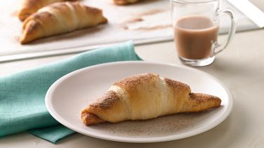 Caramel-Pumpkin-Cream Cheese Crescents