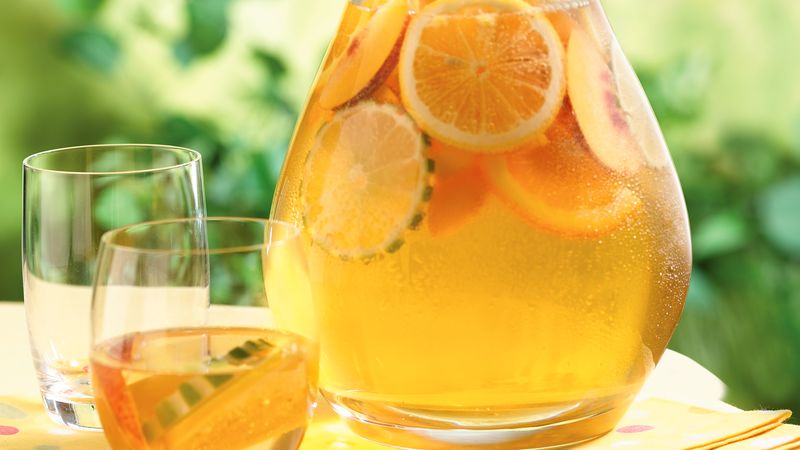 How to make white sangria with chardonnay