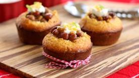 Chili-Stuffed Cornbread Muffins