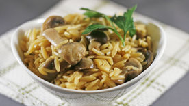 Risotto-Style Mushroom Orzo