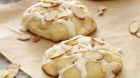 Wild Blueberry Muffin Tops Recipe Bettycrocker Com
