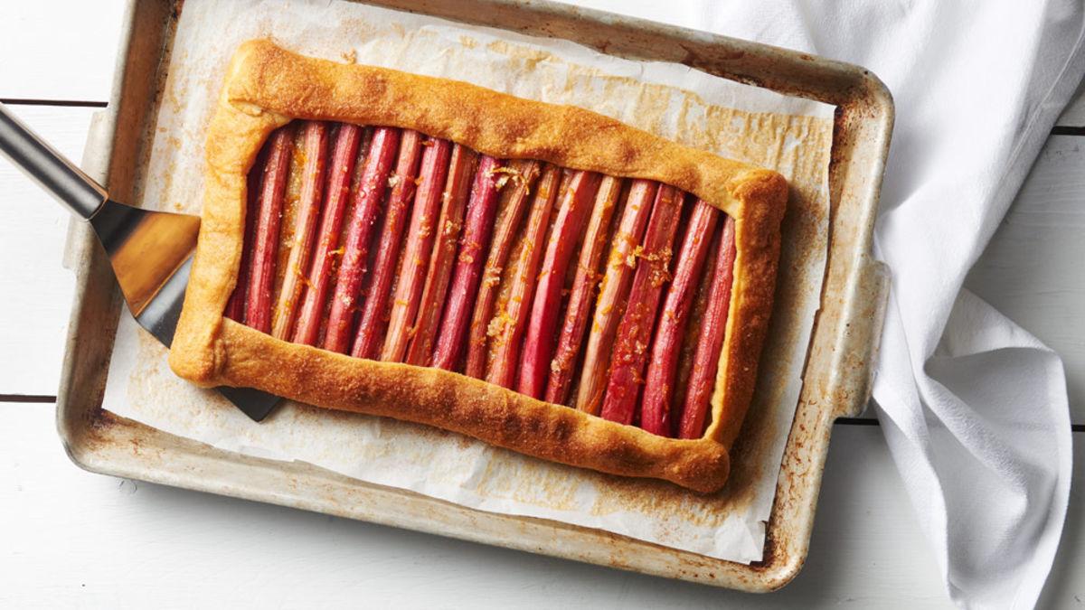 5-Ingredient Rhubarb Tart