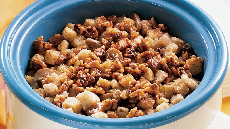 Slow-Cooker Apple-Walnut Stuffing