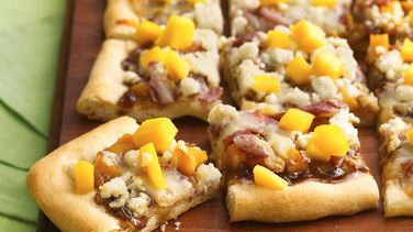 Mango, Prosciutto and Goat Cheese Appetizer Pizza
