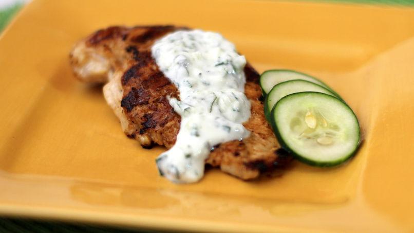 Pechuga de Pollo Salsa de Yogur y Pepino