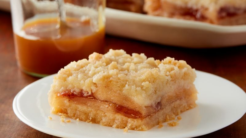 Apple Sugar Cookie Streusel Bars
