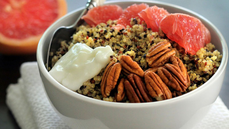 Quinoa and Grapefruit Bowl