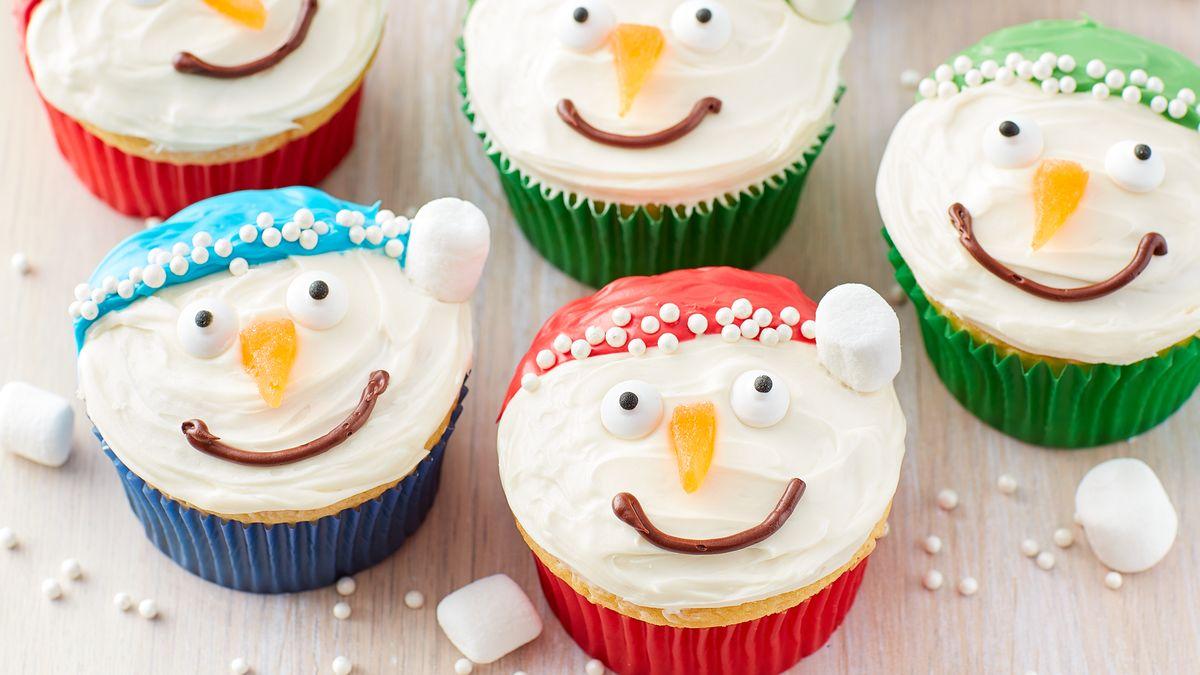 Jolly Snowman Cupcakes