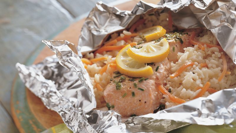 Grilled lemon and salmon foil packs recipe for Grill fish in foil