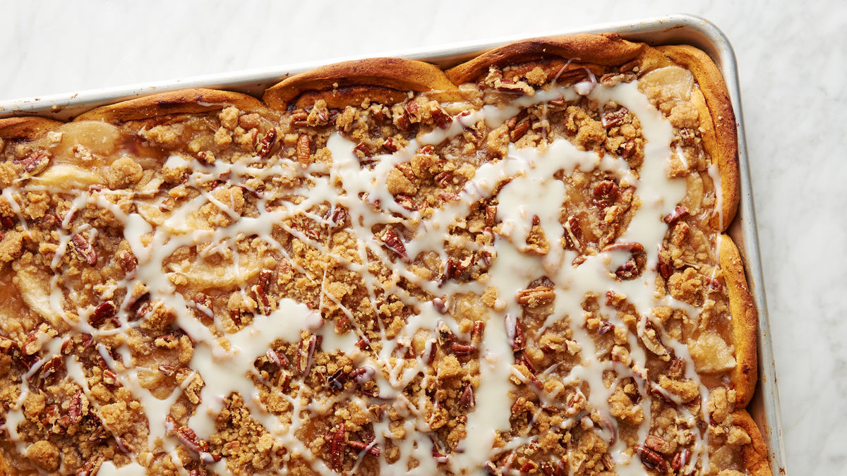 Sheet-Pan Cinnamon Roll-Apple Slab Pie