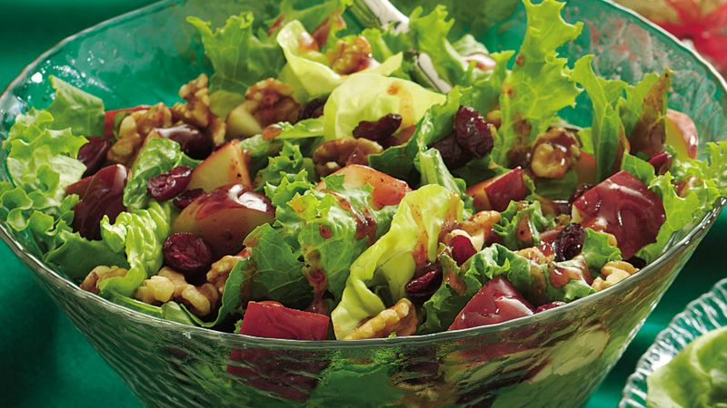 Red And Green Tossed Salad Recipe Pillsbury Com