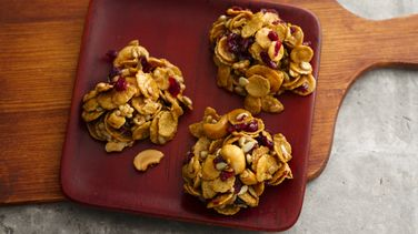 No-Bake Cranberry Nut Cookies